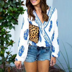 CLEO💙 boho printed white blue blouse long sleeve